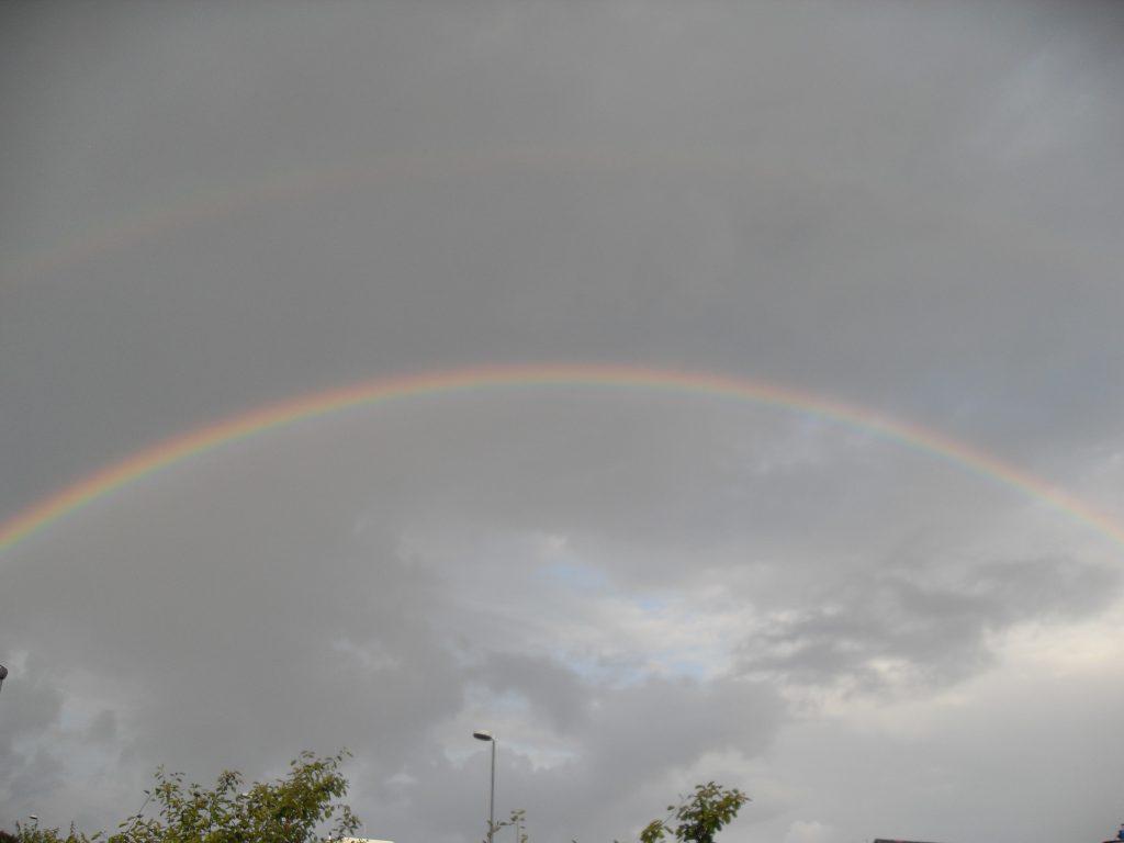 Doppelter Regenbogen über dem Ruhrtal