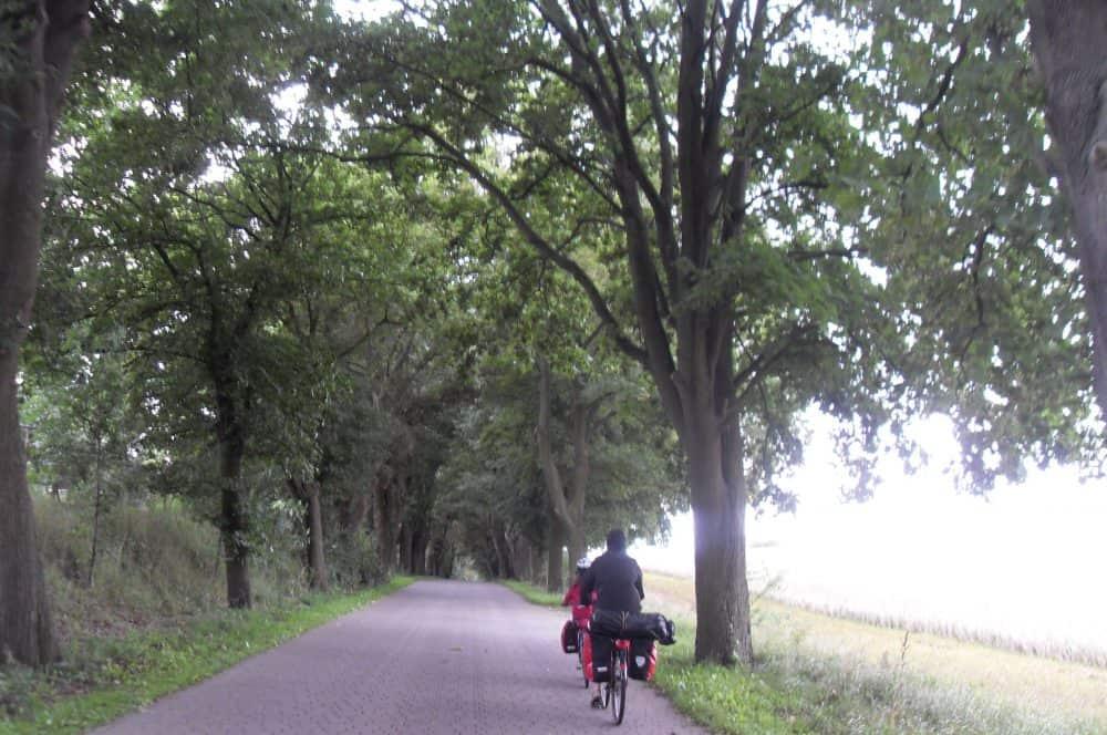 Radreisende Allee Berlin-Usedom-Radweg