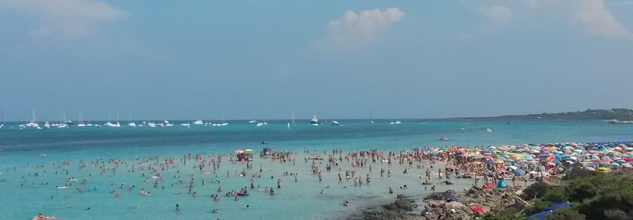 Sardinien-Spiagga-della-Pedosa-überfuellter Traumstrand