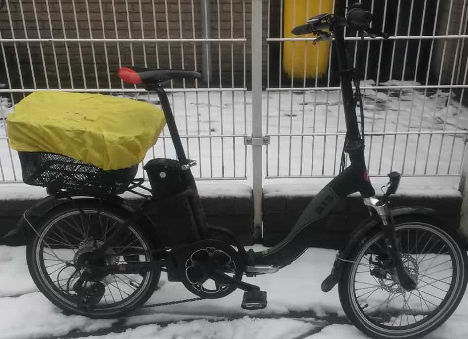 eBike-Faltrad macht auch im Schnee gute Figuer