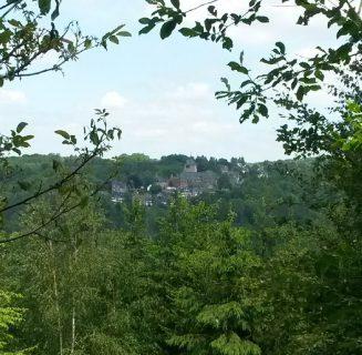 Kleine naturnahe Tageswanderung um Burg an der Wupper